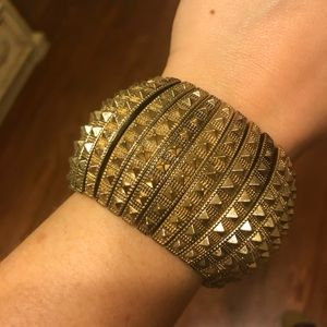 Francesca's Gold Studded Bracelet